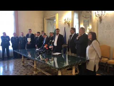 MATTEO SALVINI in diretta dalla Prefettura di Genova (16.07.2019)
