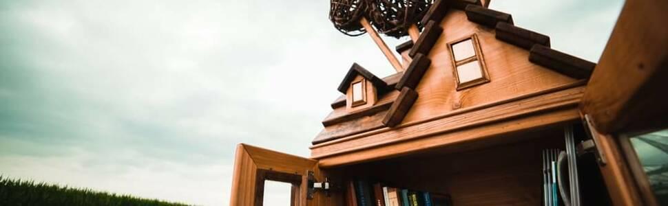 Libreria legno i minuti
